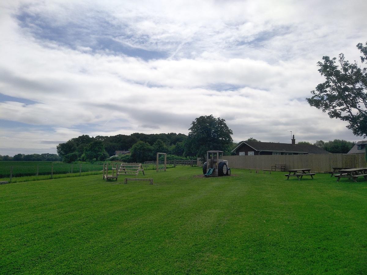 Fernygrove Farm, Hawthorn Hill