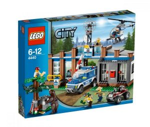 Lego City Police Station christmas 2017
