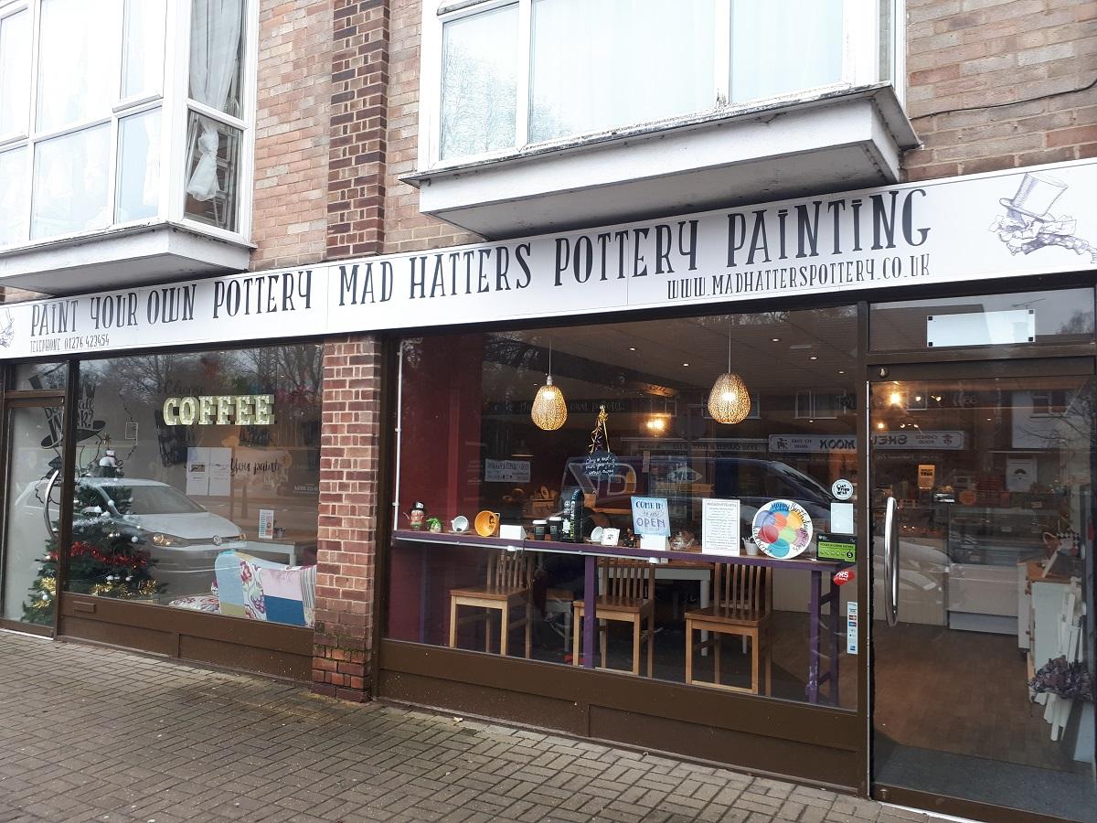 Mad Hatters Pottery Painting Cafe – Sandhurst & Tilehurst