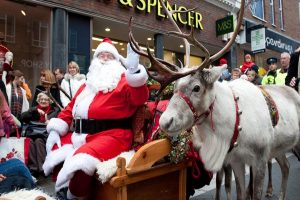 reindeer parade windsor 1 december 2018 christmas berkshire